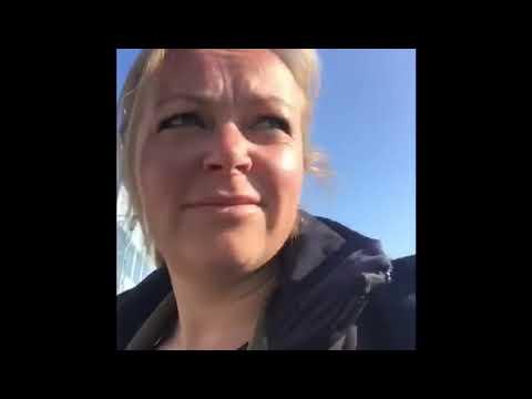 Esther vlogt over de afname van haar coronatest